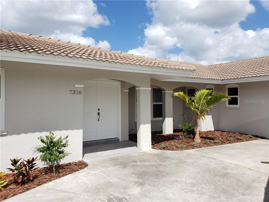 Single Family Home 7316  CURTISS AVENUE , SARASOTA for sale - mls# A4446271