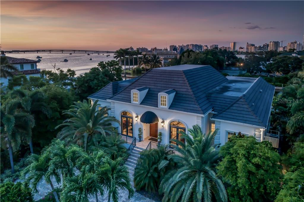 Home for sale at 1352 Harbor Dr Sarasota Florida 34239, contact Berkshire Hathaway HomeServices real estate agent Bev Murray