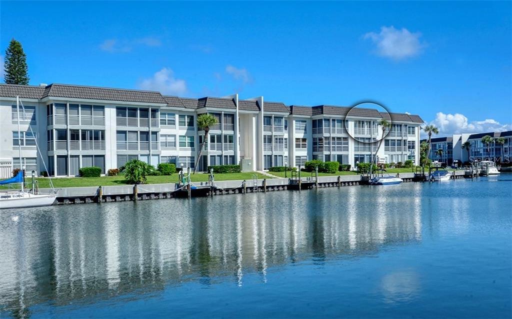4400 Exeter Dr #302 Longboat Key Florida 34228