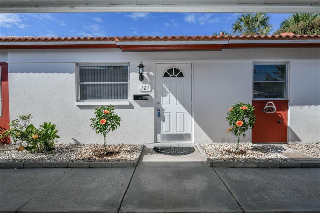 121 Vista Hermosa Cir #46-B Sarasota Florida 34242