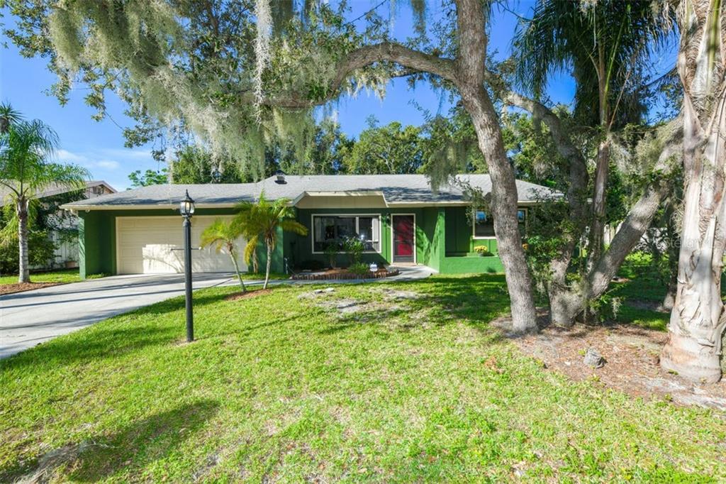 2100 Pine Gardens Trl Sarasota Fl 34231 SARASOTA
