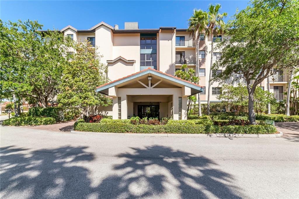 5408 Eagles Point Cir #303 Sarasota Florida 34231