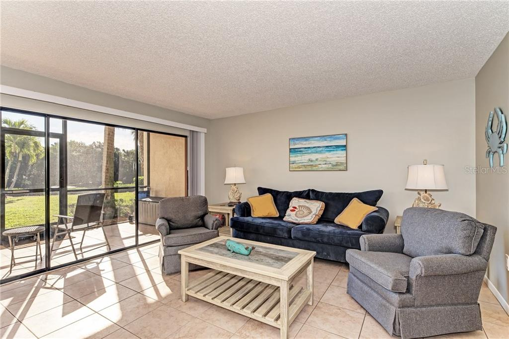 Condo 1600  COVE II PLACE , SARASOTA for sale - mls# A4449609