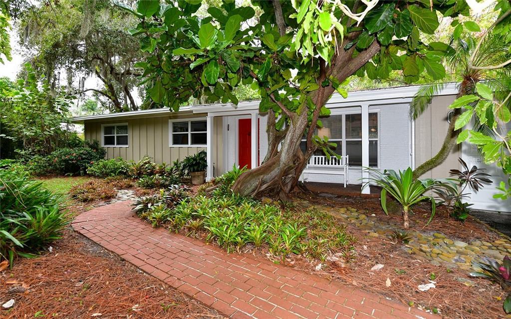 1523 Field Rd Sarasota Florida 34231