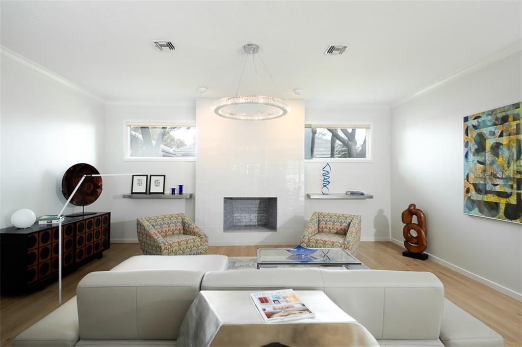 Single Family Home 4098  LAS PALMAS WAY , SARASOTA for sale - mls# A4460556