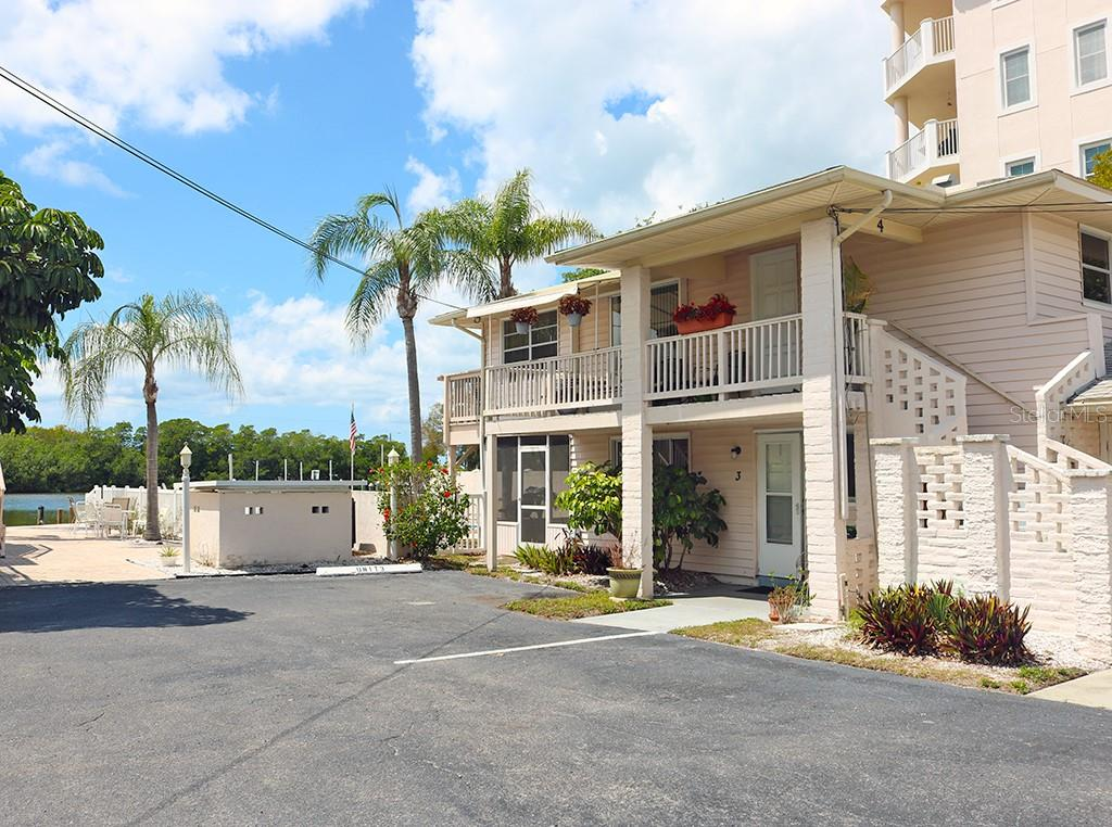 Condo 9022  MIDNIGHT PASS ROAD , SARASOTA for sale - mls# A4461631