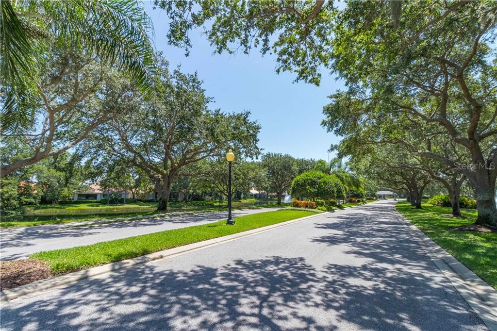 Single Family Home 4790  DOVE TAIL COURT , SARASOTA for sale - mls# A4468197