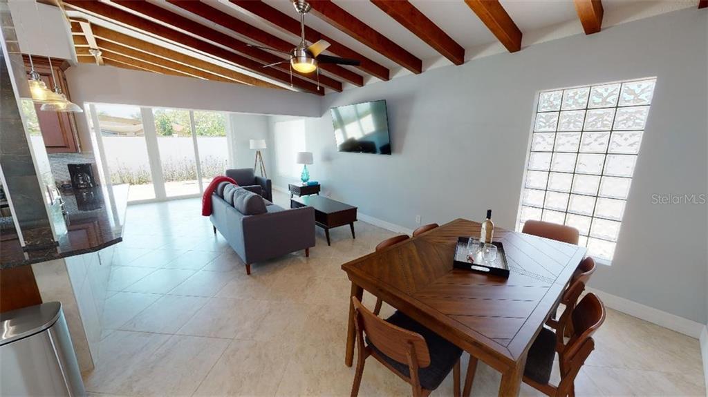 Single Family Home 2832  GREENBRIAR STREET , SARASOTA for sale - mls# A4470460