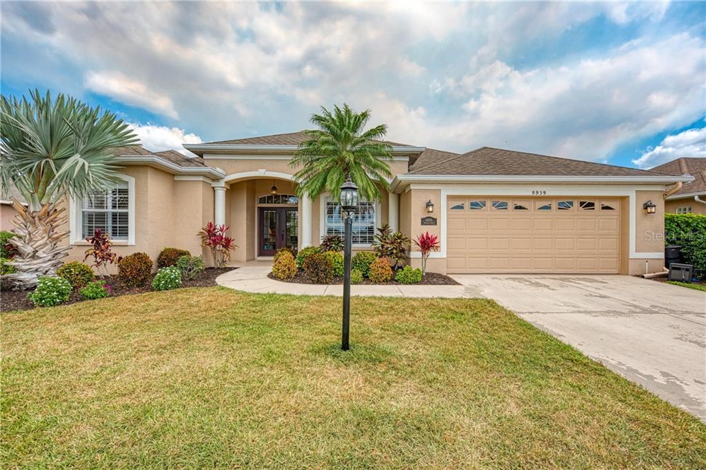 Single Family Home 8939  PROVINCE STREET , SARASOTA for sale - mls# A4471232