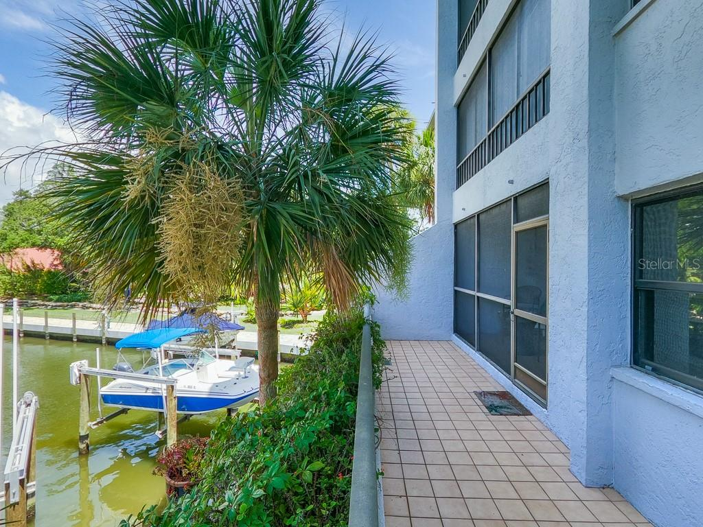 Condo 5911  MIDNIGHT PASS ROAD , SARASOTA for sale - mls# A4472473
