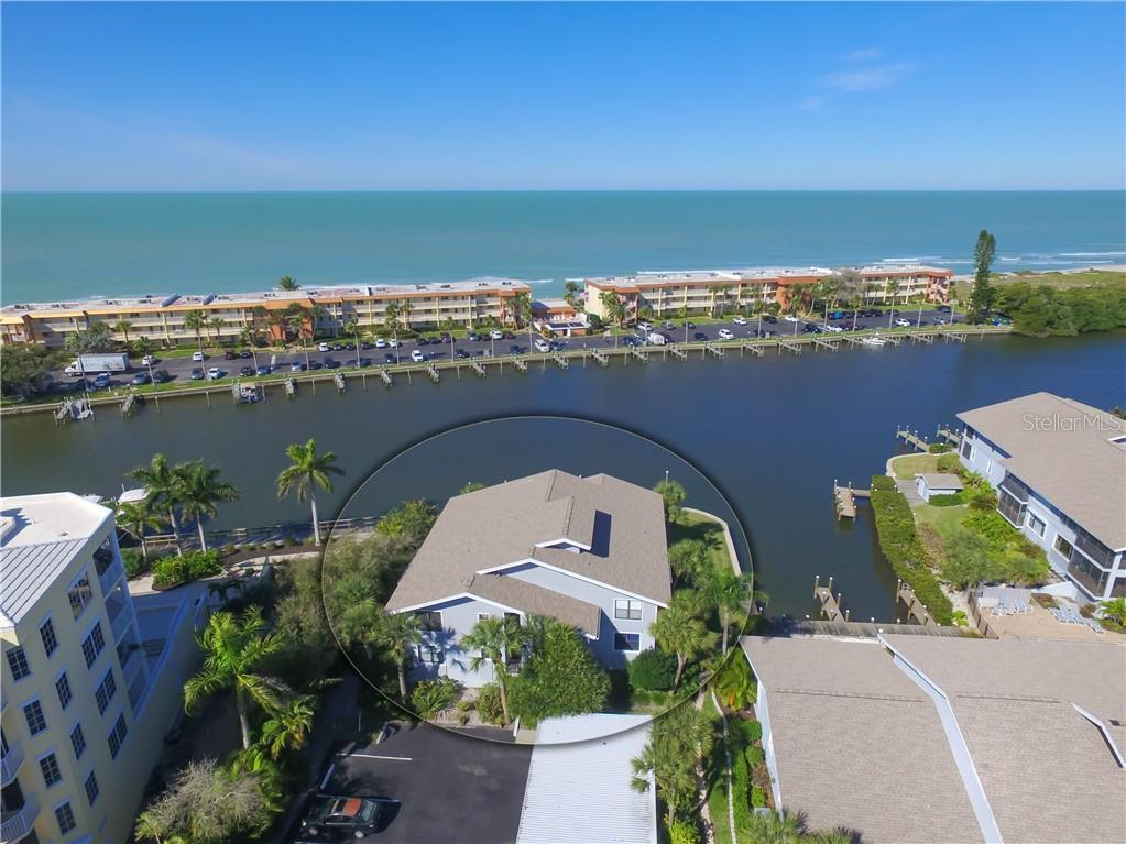 Condo 9086  MIDNIGHT PASS ROAD , SARASOTA for sale - mls# A4473284