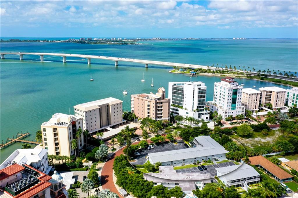 Condo 325  GOLDEN GATE POINT , SARASOTA for sale - mls# A4481524