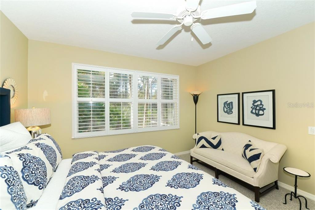 Single Family Home 9056  WILLOW BROOK DRIVE , SARASOTA for sale - mls# A4493774