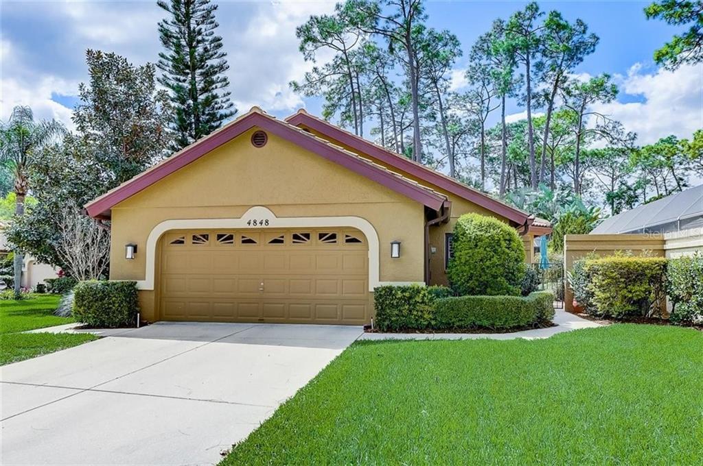 Villa 4848  TIVOLI AVENUE , SARASOTA for sale - mls# A4493841