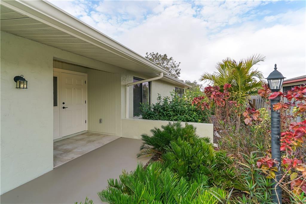 Single Family Home 4773  RINGWOOD MEADOW , SARASOTA for sale - mls# A4494801