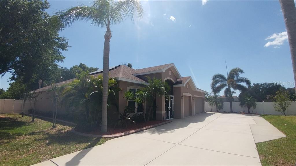 Single Family Home 5554  NEW COVINGTON DRIVE , SARASOTA for sale - mls# A4496253