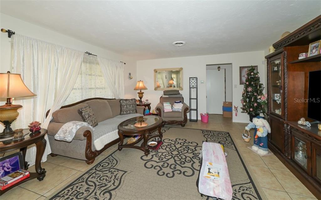 Single Family Home 2306  JUNIPER PLACE , SARASOTA for sale - mls# A4496366