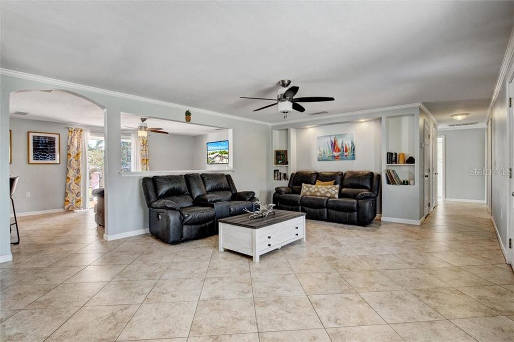 Single Family Home 3319  ROSE STREET , SARASOTA for sale - mls# A4496382