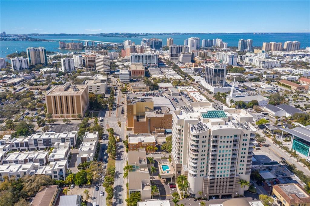 Condo 1771  RINGLING BOULEVARD , SARASOTA for sale - mls# A4497358