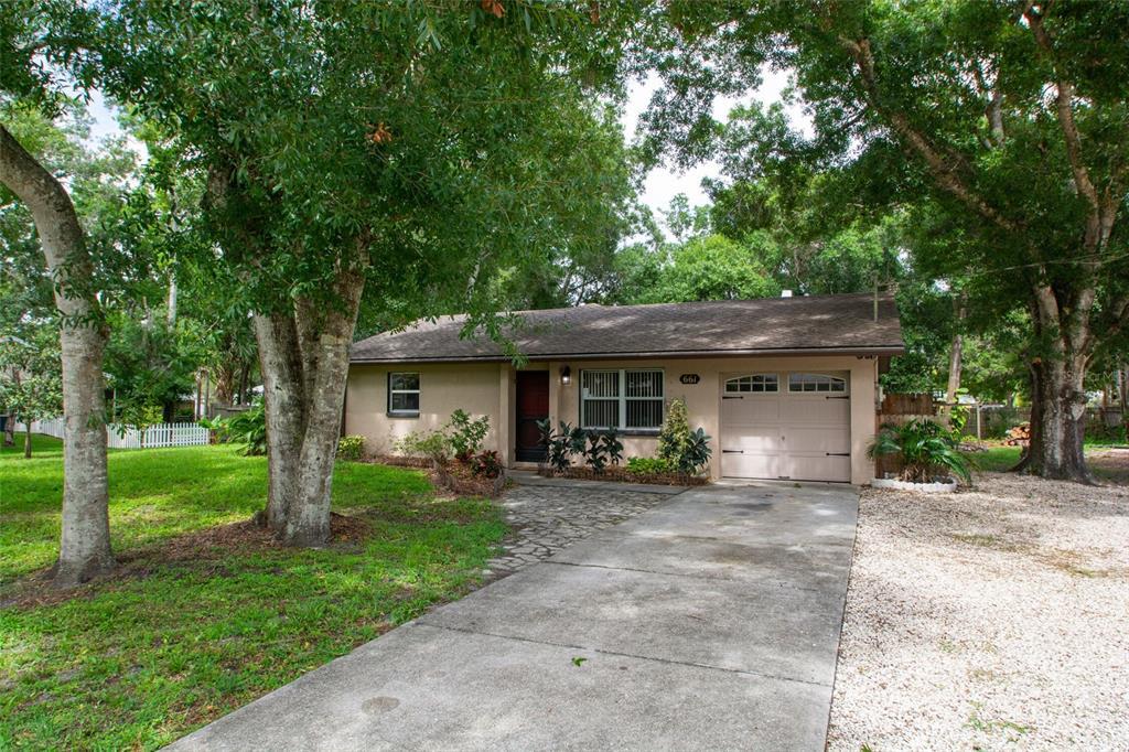 Single Family Home 661  HAND AVENUE , SARASOTA for sale - mls# G5043539
