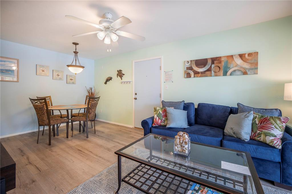 Condo 5631  MIDNIGHT PASS ROAD , SARASOTA for sale - mls# A4505185