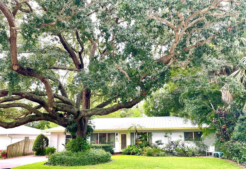 2193 Sunnyside Pl Sarasota Fl 34239 SARASOTA