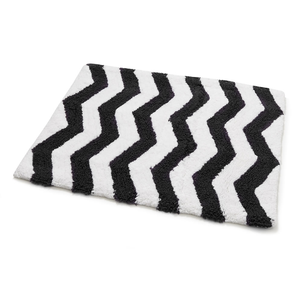Black And White Chevron Bath Mat