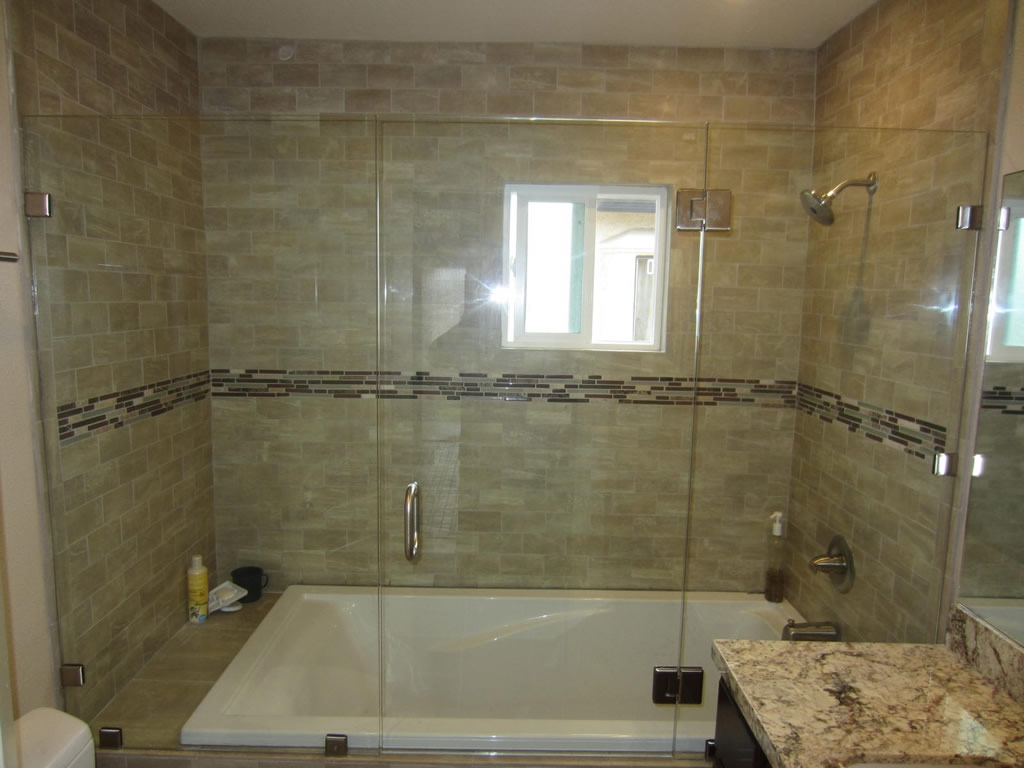 Tub Shower Doors With Mirror