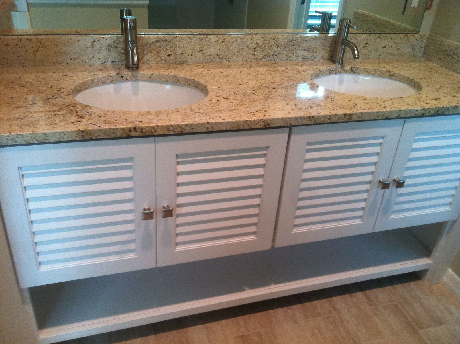 Bathroom Cabinets With Louvered Doors