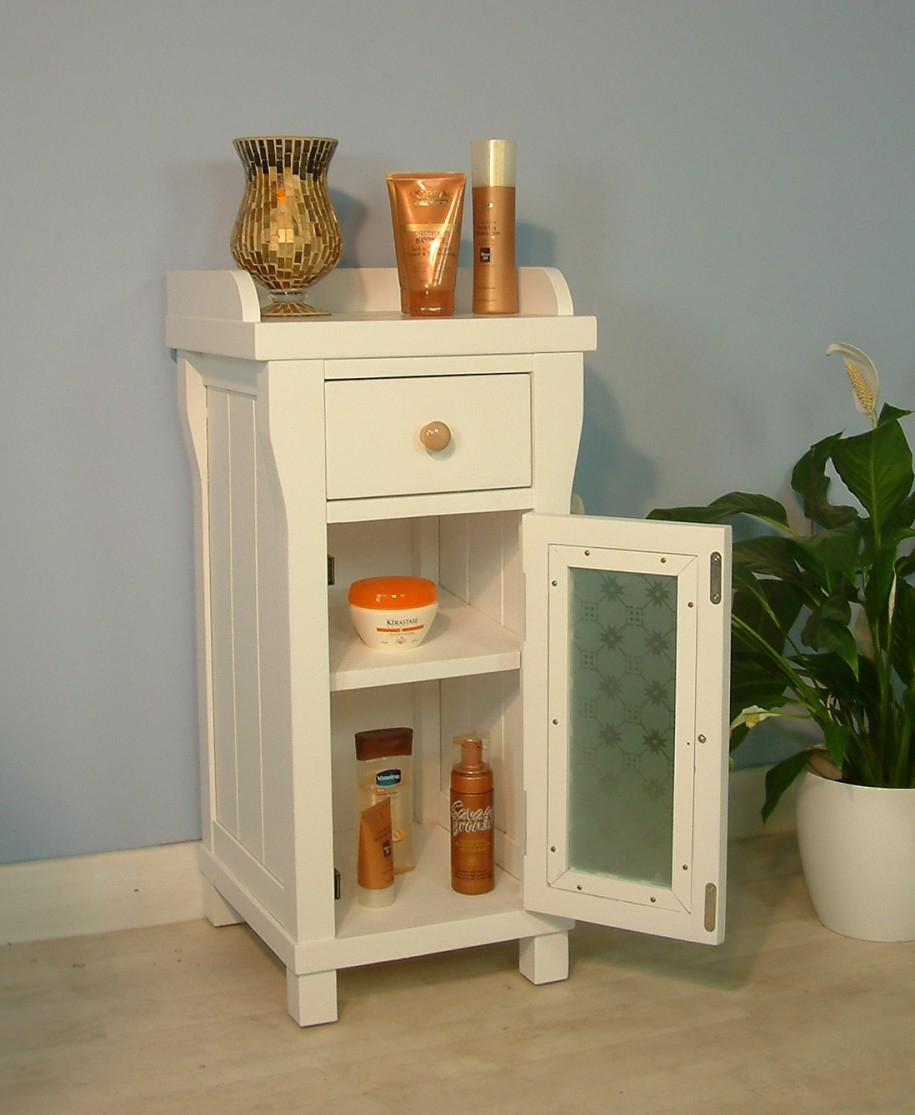 Small Bathroom Cabinet With Glass Doors