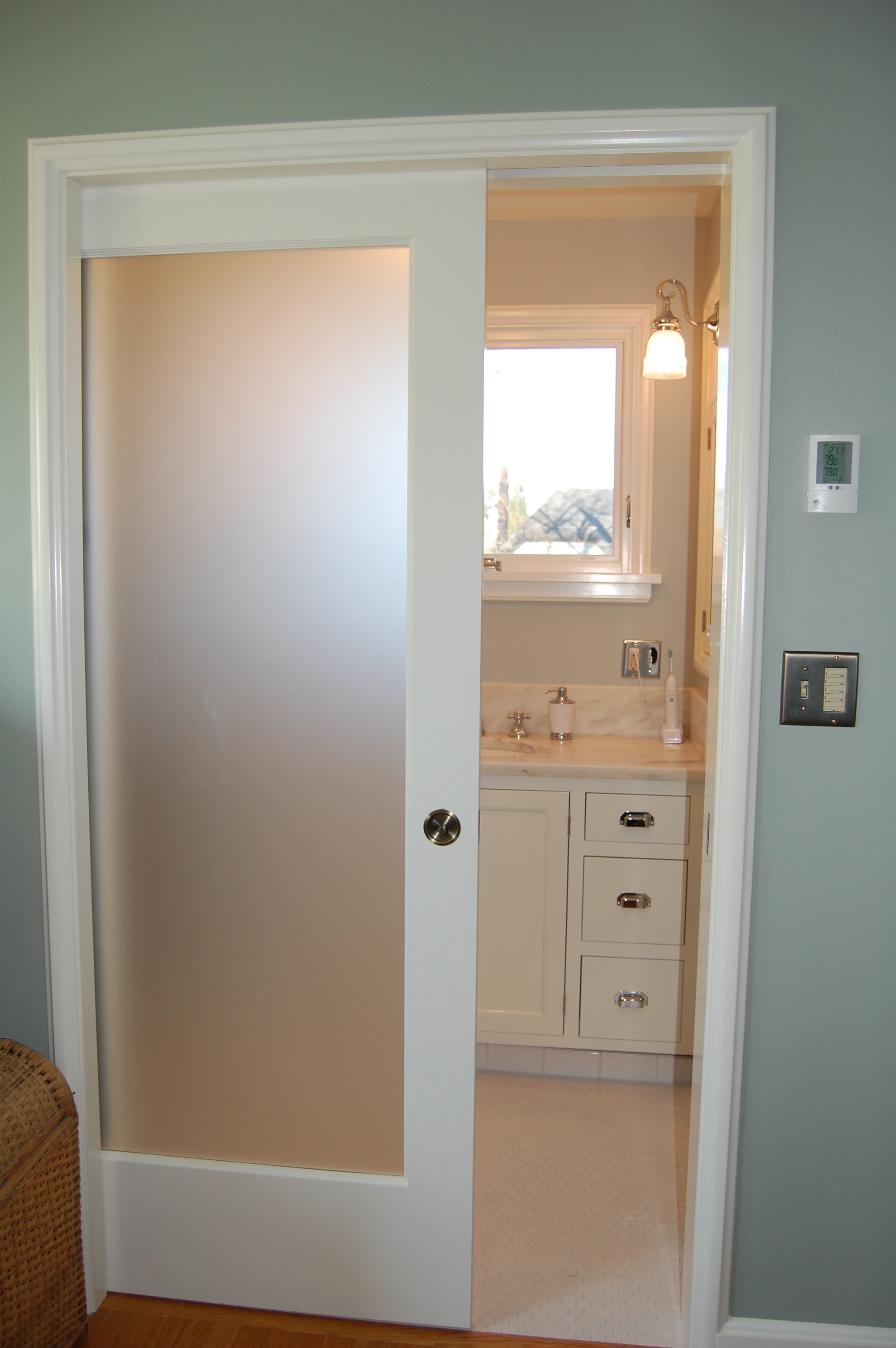 Bathroom Entry Door With Frosted Glass