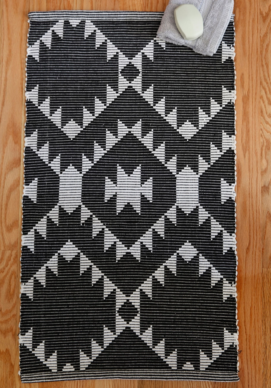 Large Black And White Bath Mats