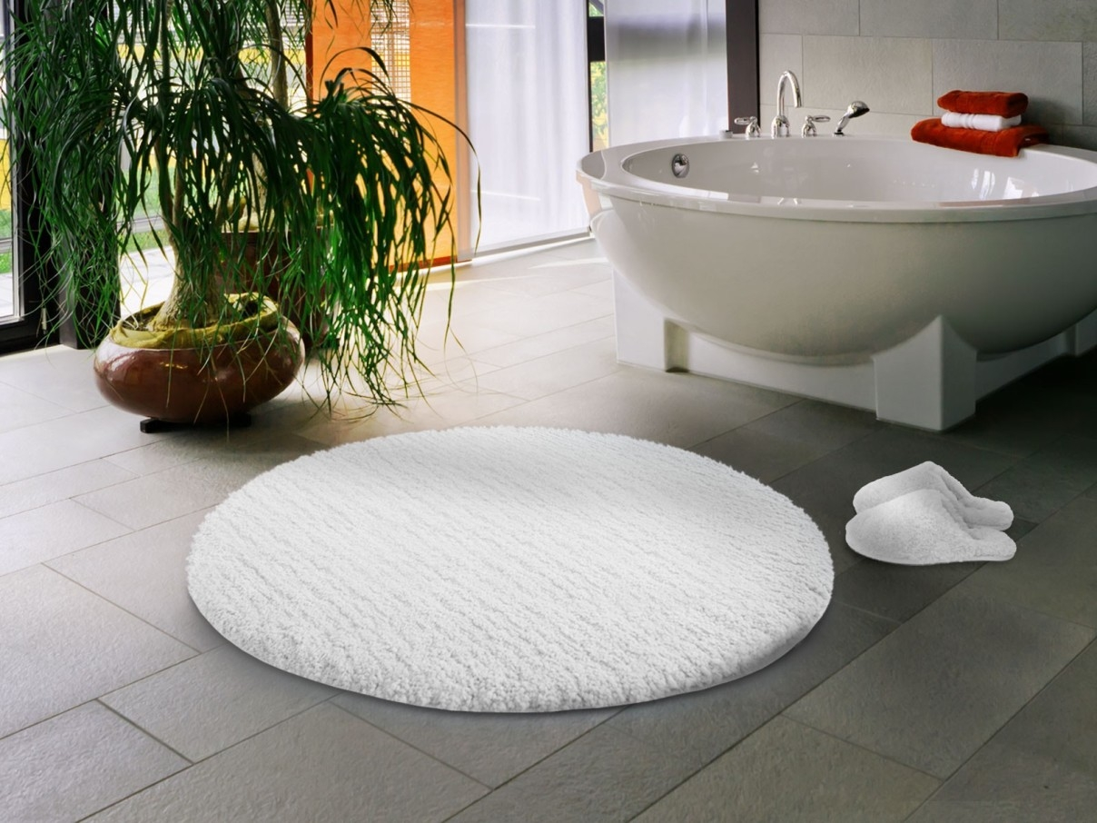 Large Round White Bath Mat
