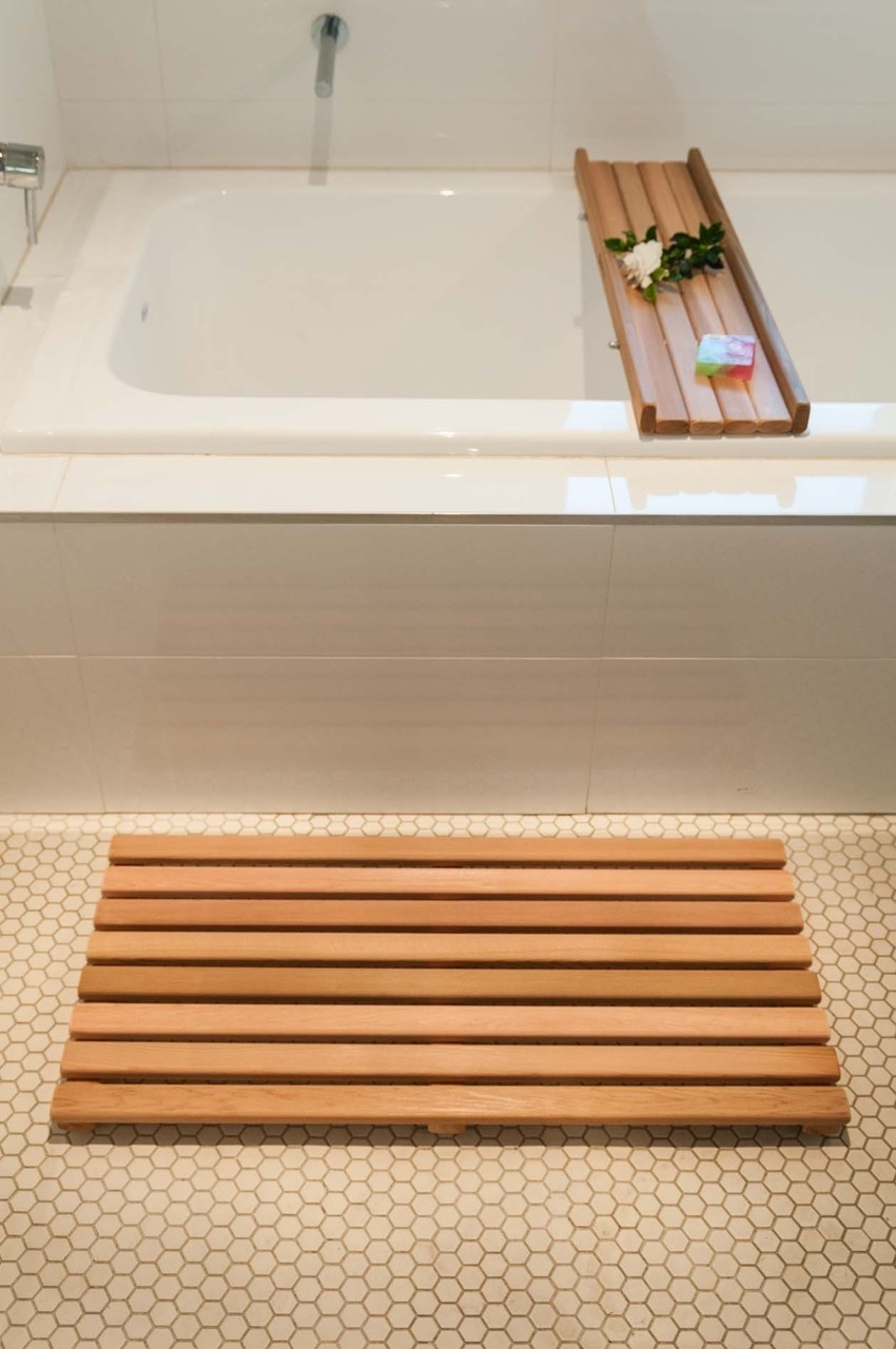 Permalink to Wooden Bath Mat And Caddy