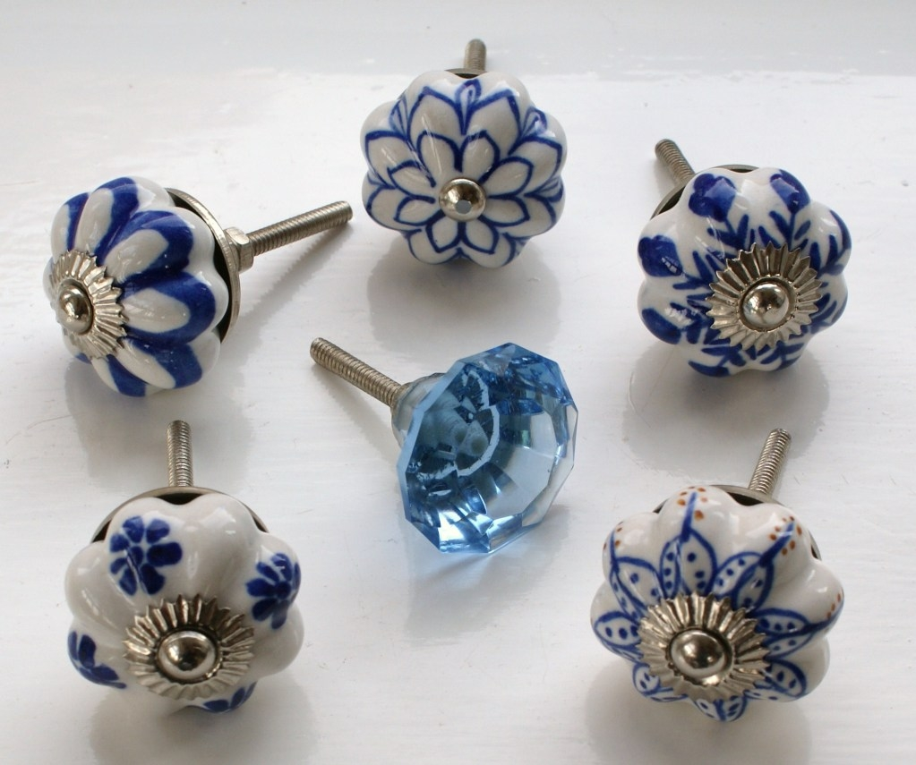 Trendy Glass Door Knobs leave your old door knob design and replace it with a new type of 1023 X 855