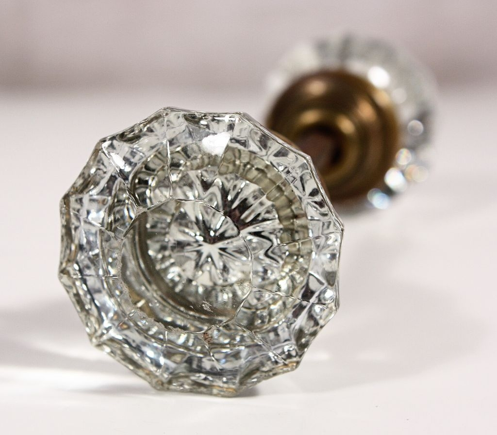Cabinet Door Knobs Glass