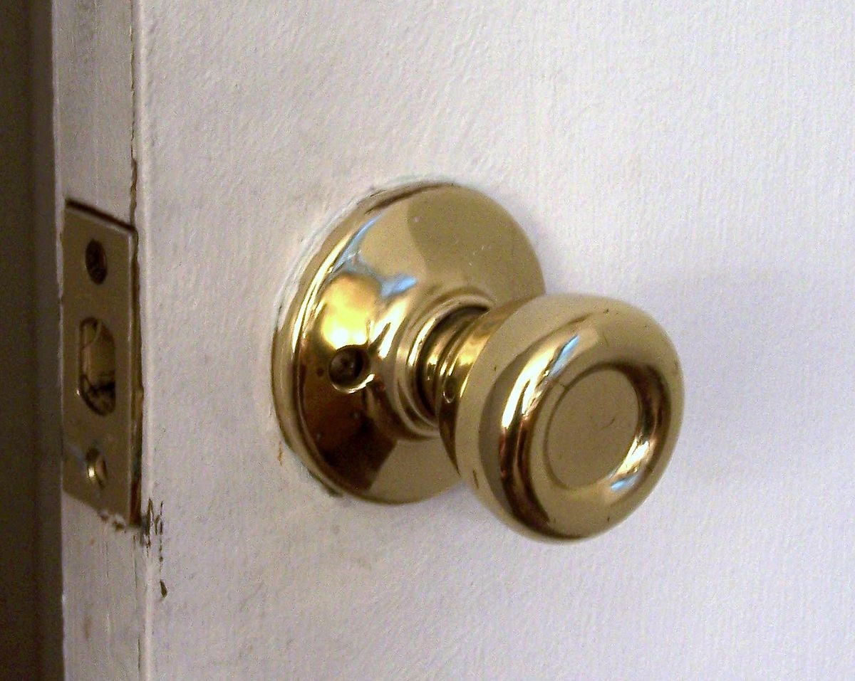 Gold Door Knobs Out Style