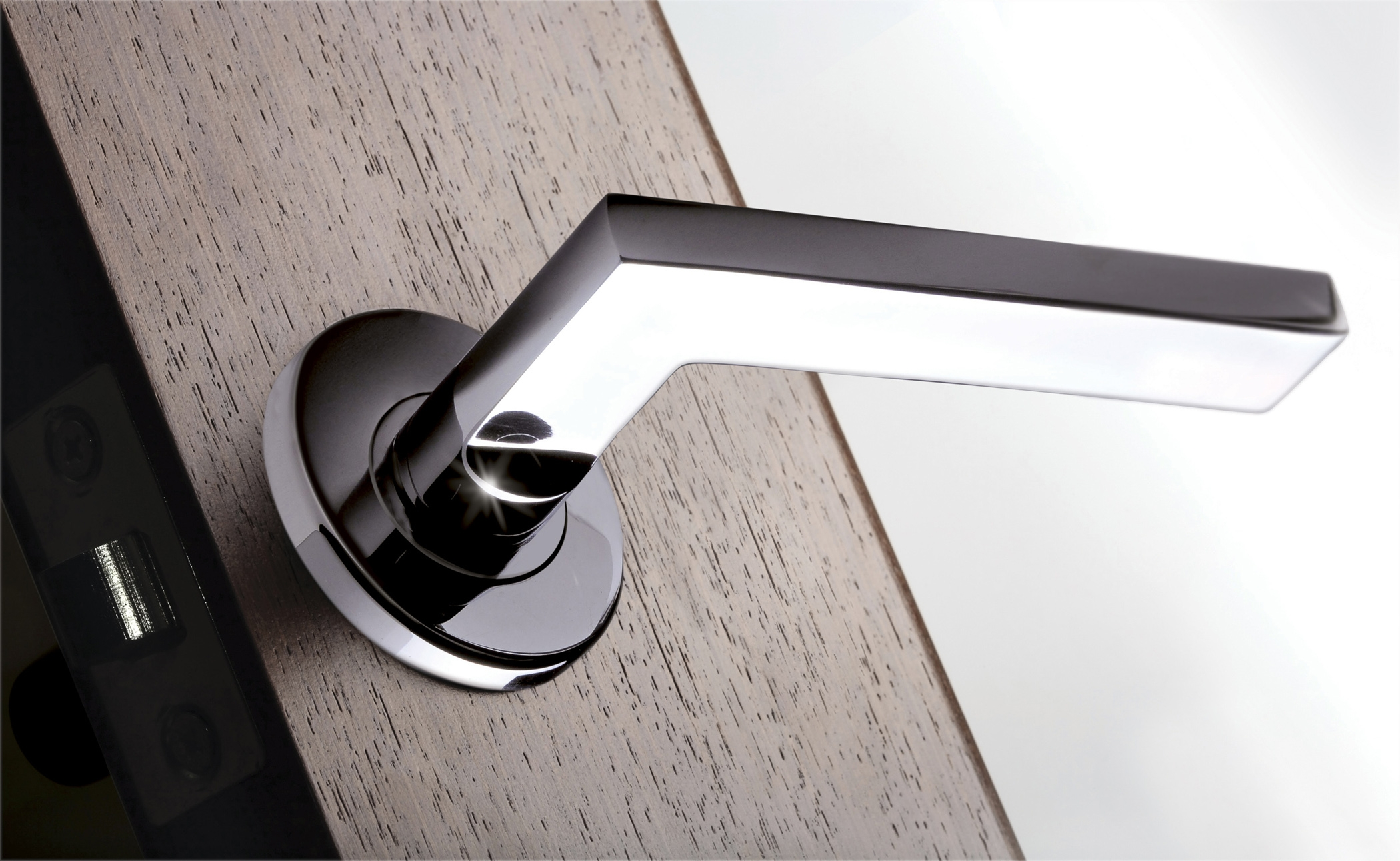 Contemporary Door Knobs And Handles