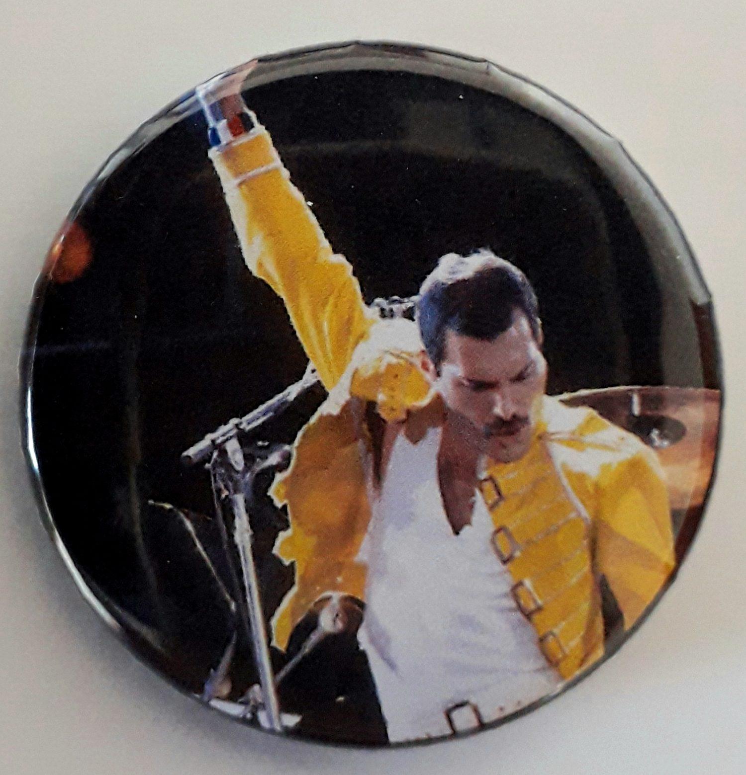 Botton Favartes Freddie Mercury