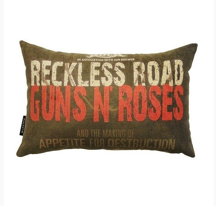 Almofada 30 Guns Road – Rvalentim