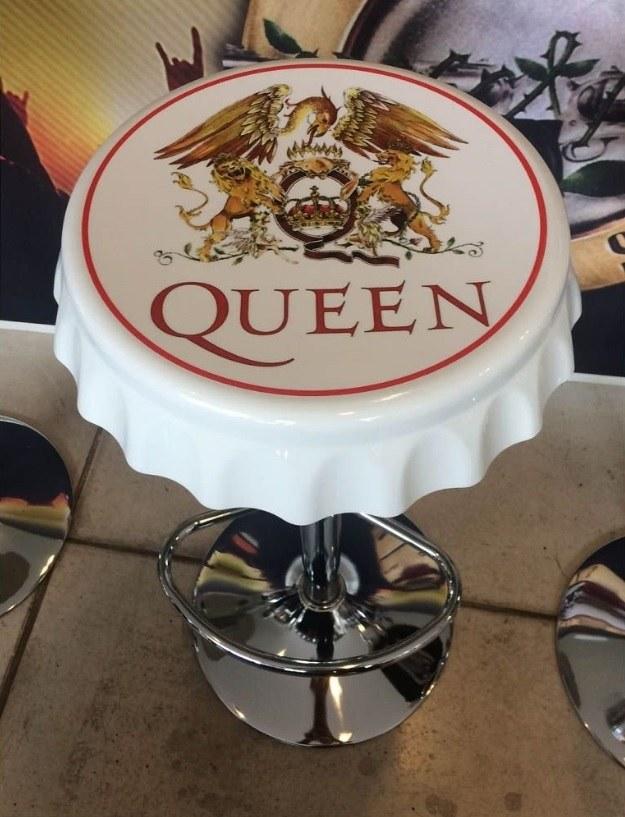 Banqueta Vintage Queen – Rvalentim