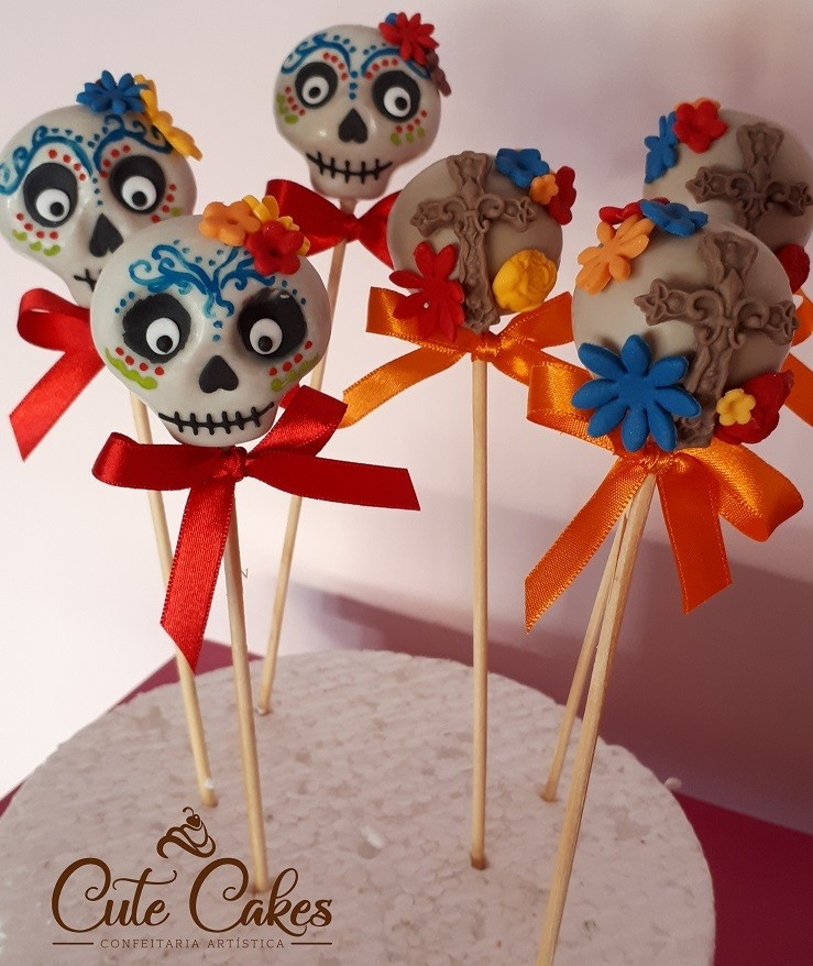 Kit com 10 Cake Pop Caveira Mexicana