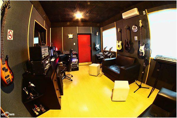 Pacote de Gravação Mixada e Masterizada Por Hora - Studio Pub