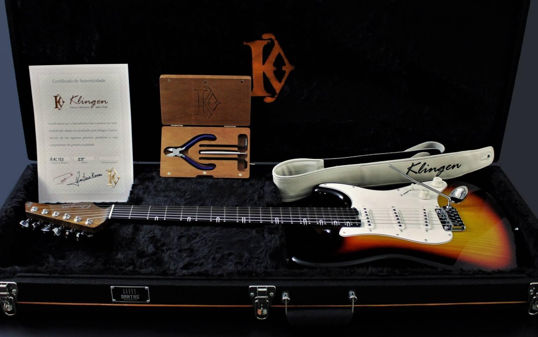 Guitarra STT 3-Tone Sunburst