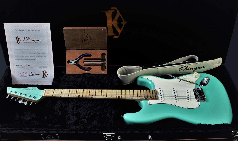 Guitarra STT Classic Green Matched Headstock