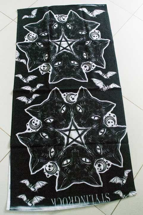 Toalha Gatinhos Satânicos