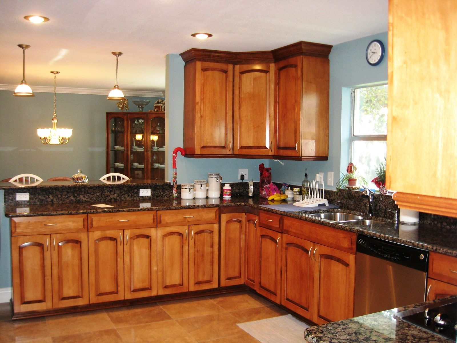 Cathedral Arch Kitchen Cabinets