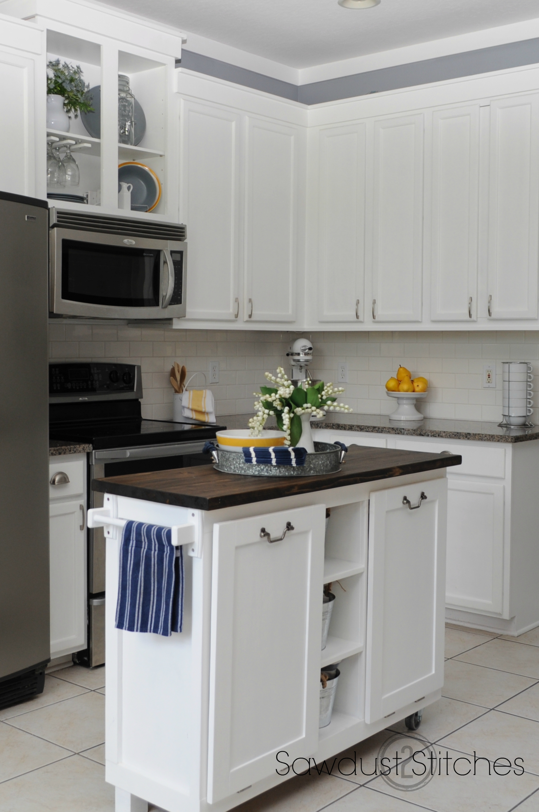 Economy White Kitchen Cabinets