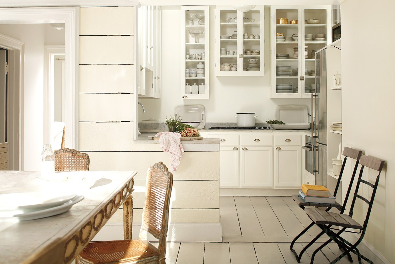 Simply White Vs White Dove Kitchen Cabinets
