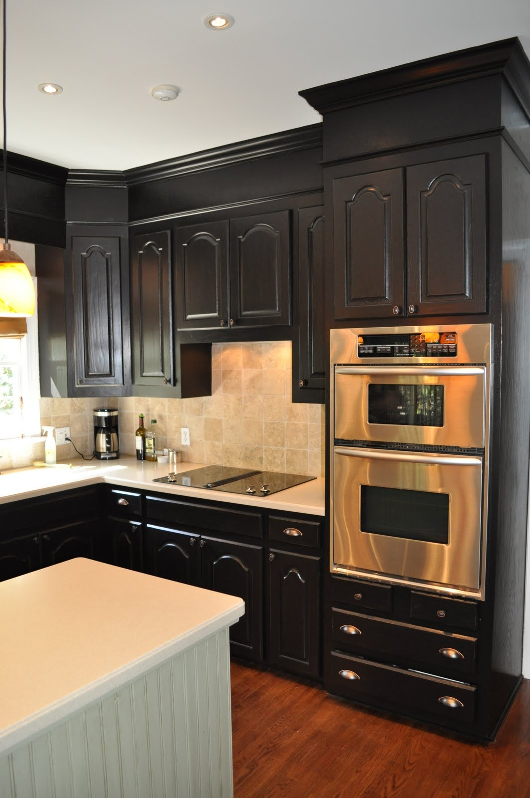 Spraying Kitchen Cabinets With Lacquer